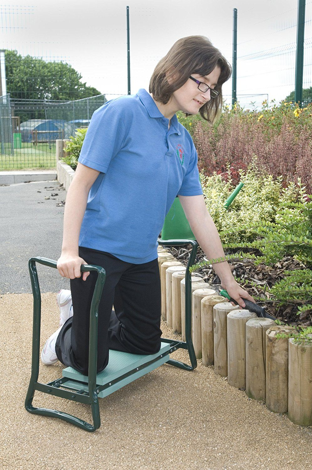 lady using the garden kneeler seat