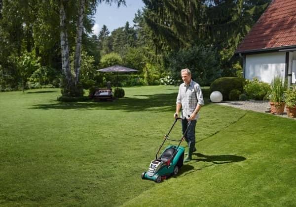 Bosch Rotak 370 ergoflex cordless mower