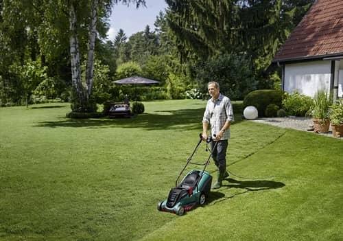 Bosch Rotak 43 Lawnmower UK review