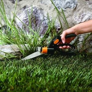 single handed grass shears